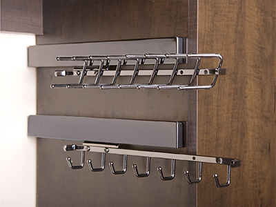 walk in closet belt and tie racks